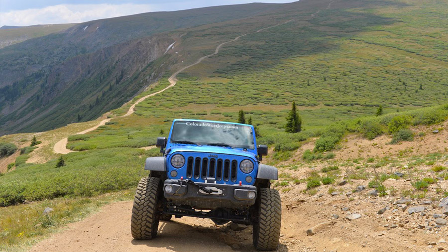 Rental Jeep Wrangler in Colorado