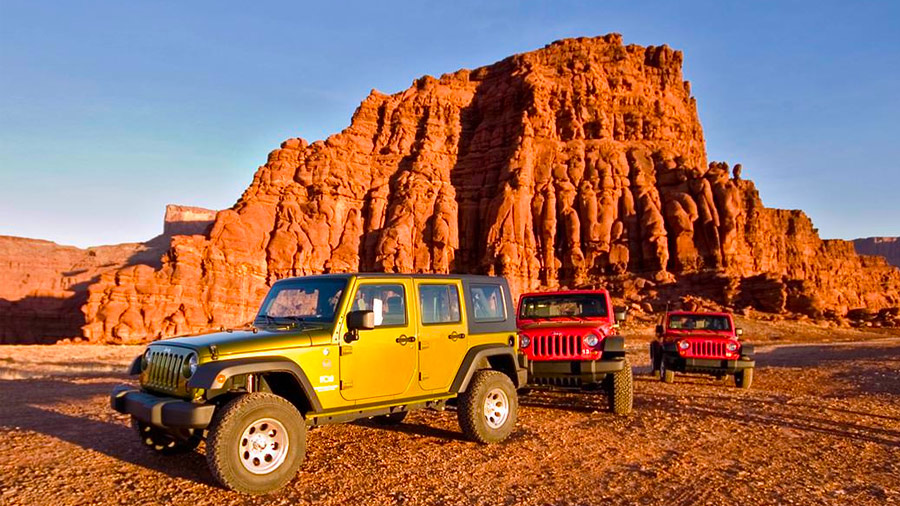 Hire Jeeps near Moab Utah